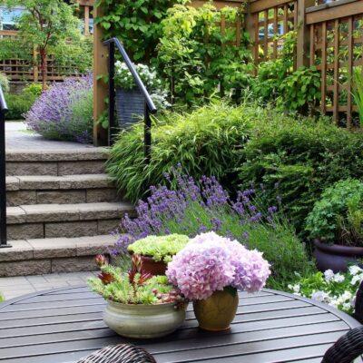 Make a Small Garden Look Bigger